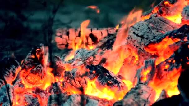 oheň zavřít