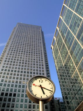 Time Is Money, Canary Wharf.