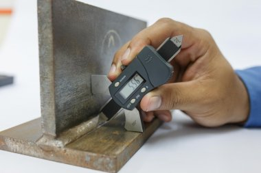 Inspection weldment by welding gage