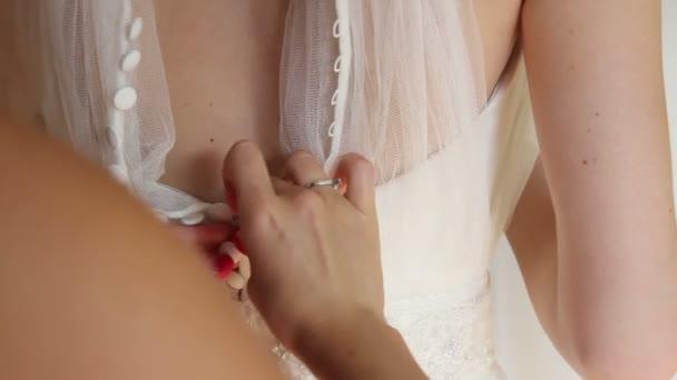 Šaty nevěsta