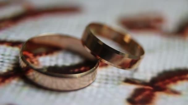 Spřádání snubní prsteny detail