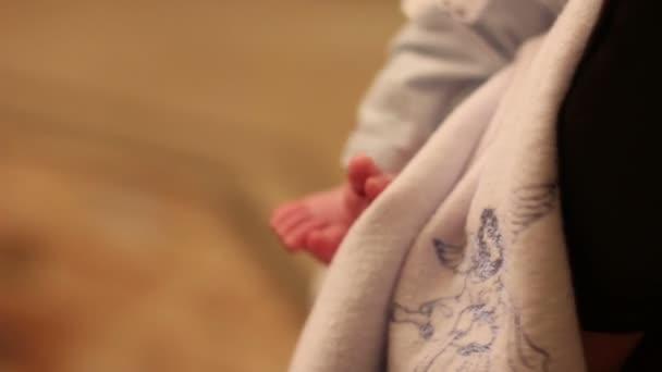 feet newborn