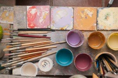 Ceramic decorator worktable