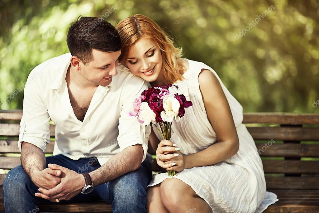 Loving couple inthe park — Stock Photo © IrinaBraga #62323113
