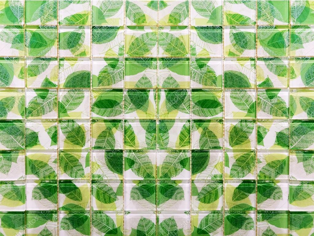 Groene Mozaiek Tegels : Groene blad mozaïek tegels u2014 stockfoto © yanukit #56419039