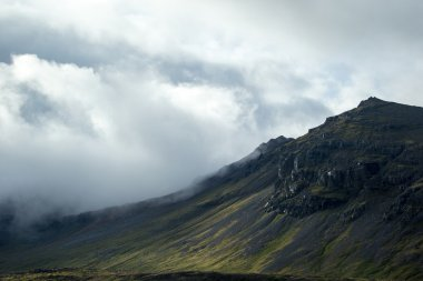 Iceland mountains landscape