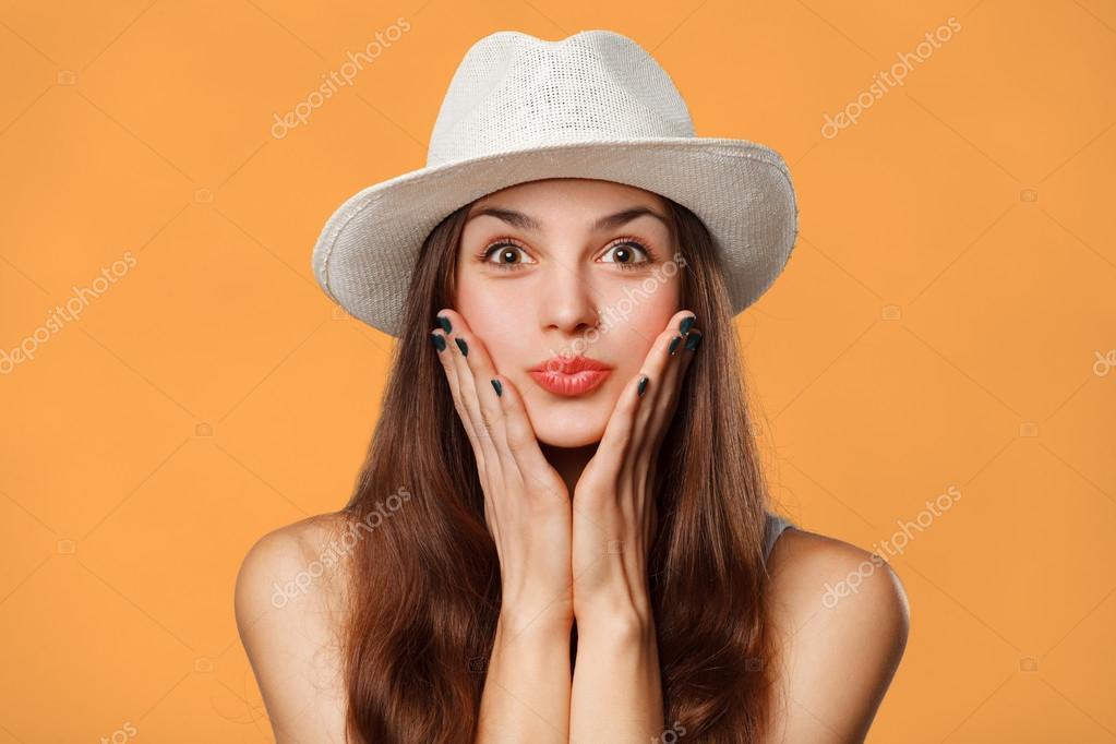 фото красивых женщин боком