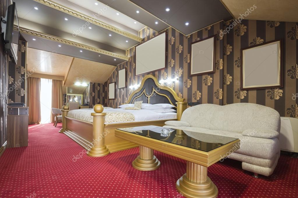 Hotel Di Lusso Interni : Interno di una stanza dalbergo di lusso u2014 foto stock © rilueda