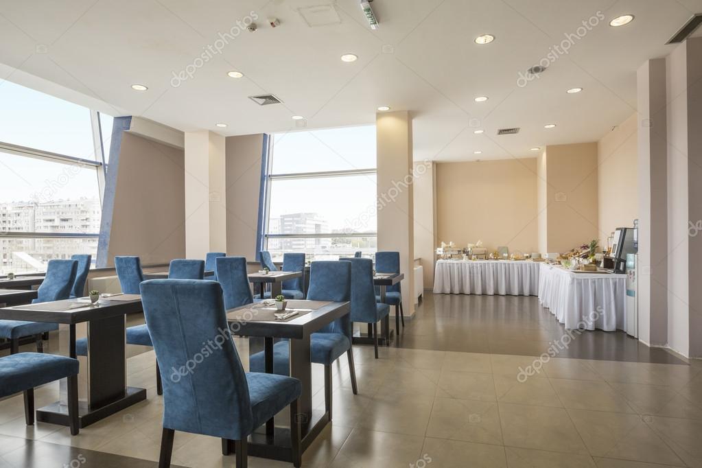 Modernes Restaurant-Interieur im hotel — Stockfoto © rilueda #111641698