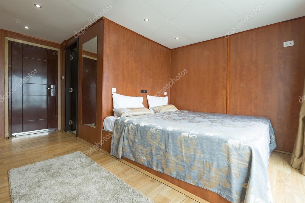 d'une chambre cabine sur croisière bateau-hôtel — photo #113929042
