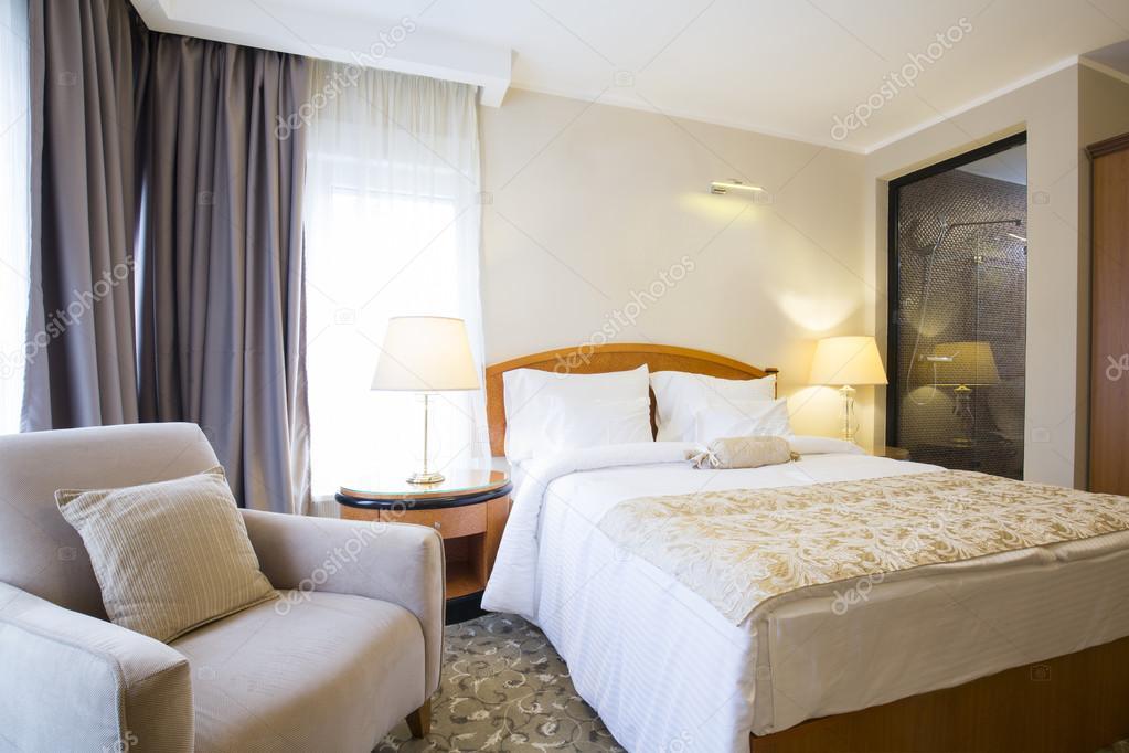 Int rieur de chambre coucher style classique h tel photographie rilueda 115727038 for Chambre a coucher style