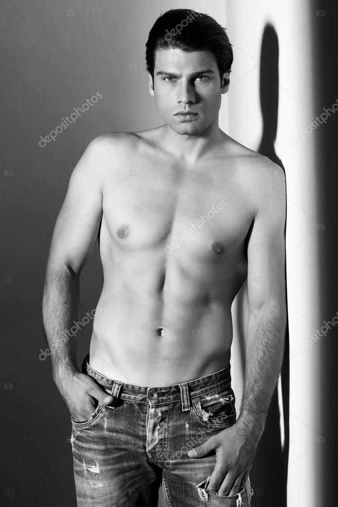 En Camisa Sin Vaqueros Los Pantalones Hombre Y Blanco Musculoso 4wRtqFccxZ