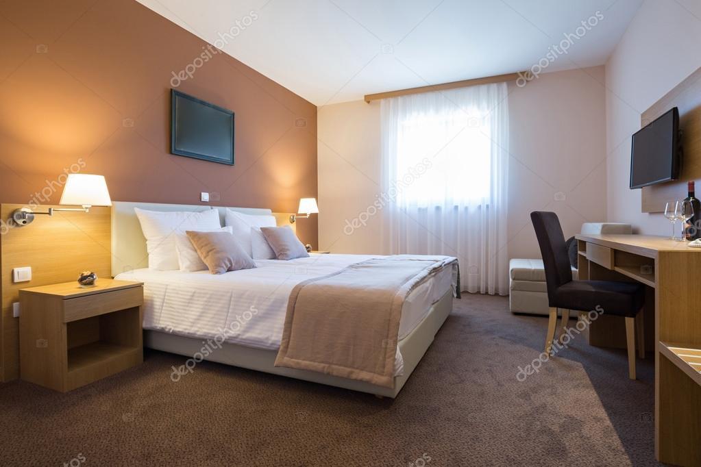 Camere Da Letto Moderne Bellissime.Interno Camera Da Letto Dell Hotel Moderno Bel Letto Matrimoniale E