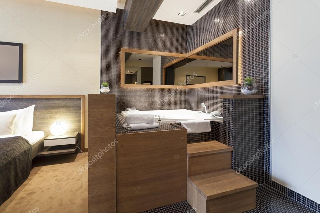 Whirlpool im Schlafzimmer — Stockfoto © rilueda #59270509