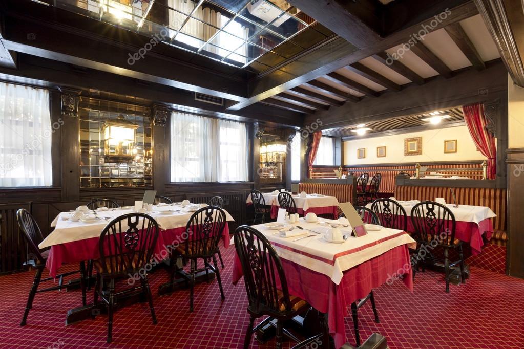 rustic restaurant interior stock fotografie rilueda. Black Bedroom Furniture Sets. Home Design Ideas