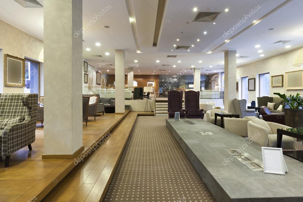 Lobby del hotel moderno fotos de stock rilueda 69802491 for Diseno de lobby de hoteles