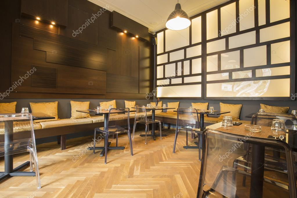 Modernes asiatisches Restaurant-Interieur — Stockfoto © rilueda ...
