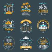 Fotografie Sada letních prázdniny odznaky. Vintage logotypy bederní a prvky návrhu