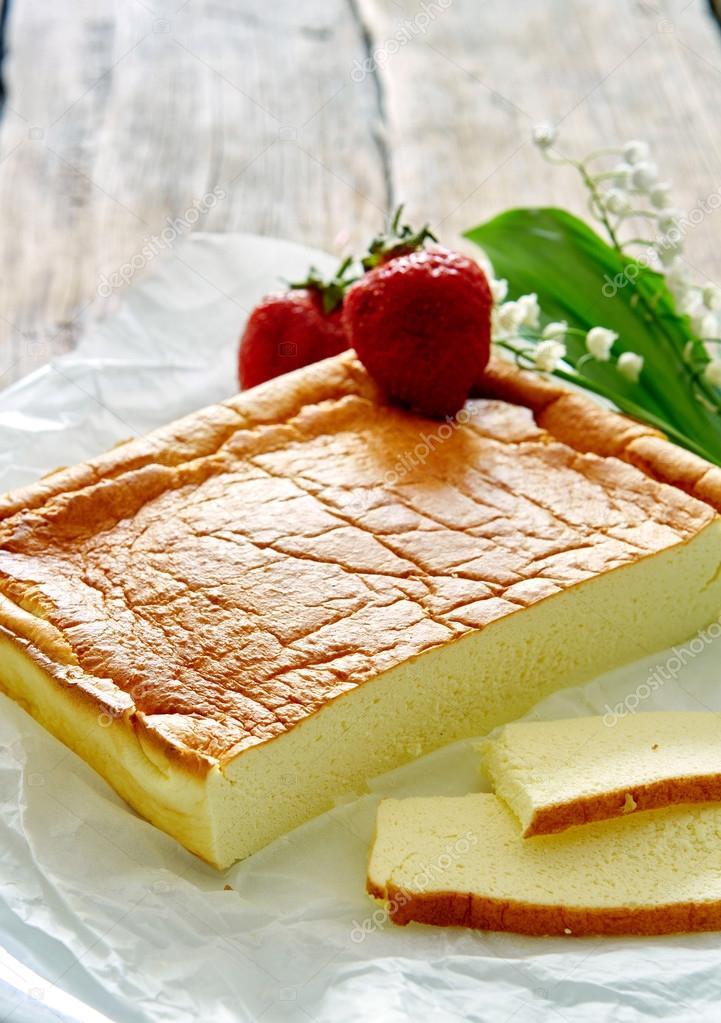 Di t kuchen auf einem h lzernen hintergrund stockfoto for Dolci dietetici