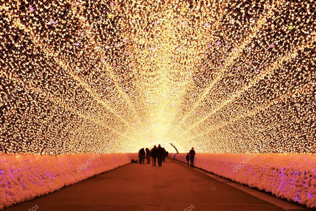 Tunnel di luce nellilluminazione di inverno mie giappone u2014 foto