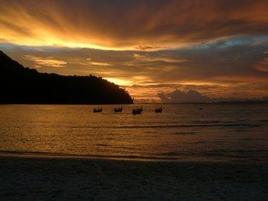 Sunset over Loh Dalam Bay, Phi Phi Island Thailand