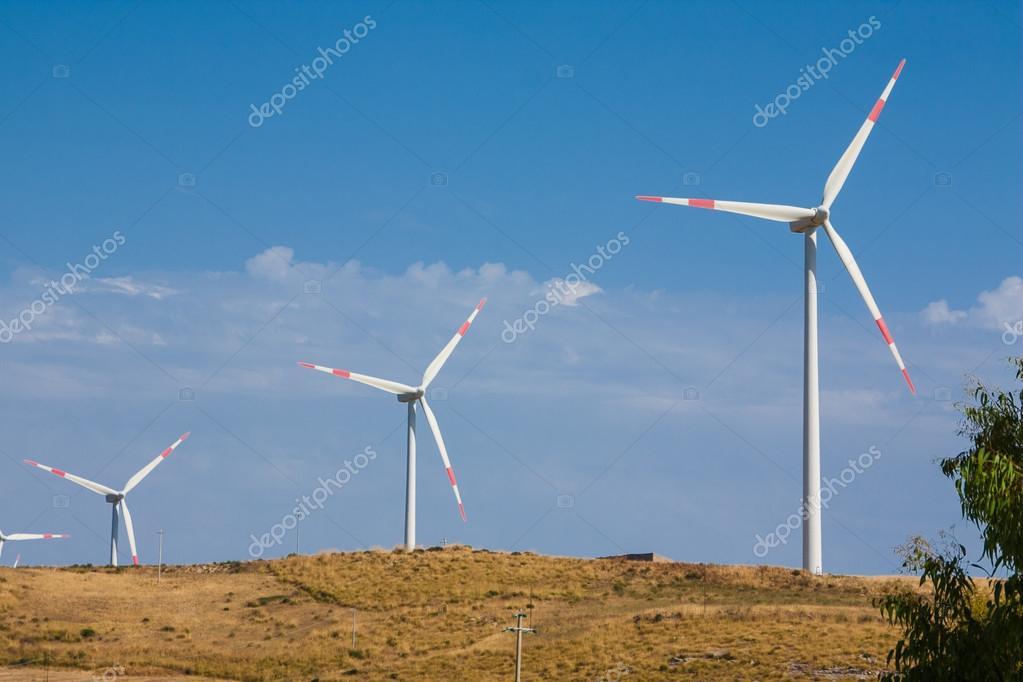 three tower windmill blade