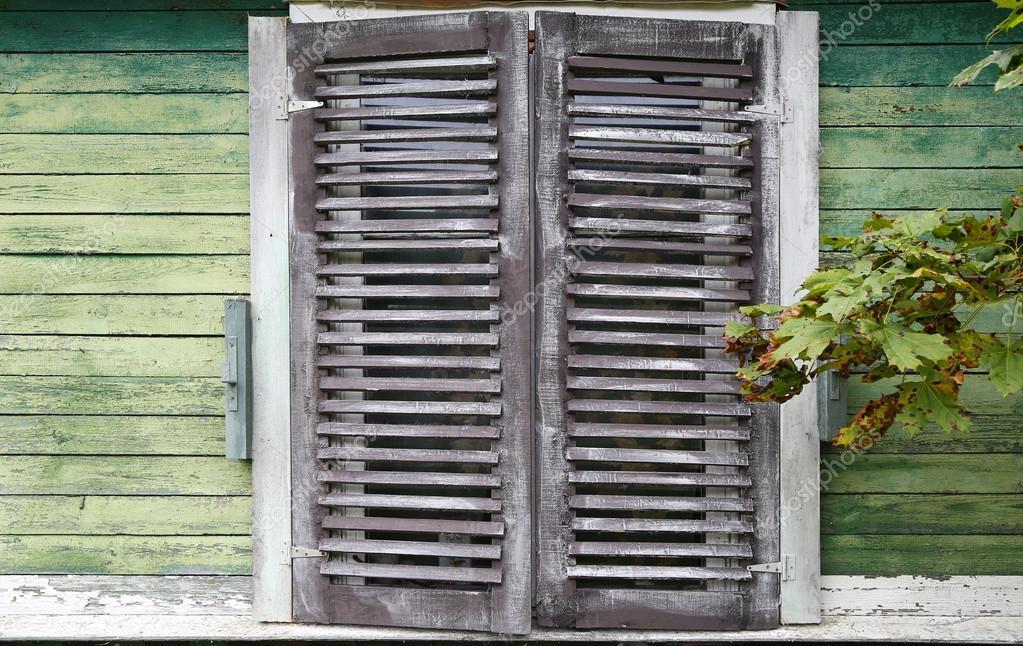 Landhaus Fenster landhaus fenster stockfoto arcadi1962 61767945