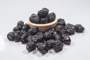 Ajwa dates is a soft dry variety of date fruit from Saudi Arabia. It is cultivated at Madina Tayyiba. A delightful, soft and fruity dates with fine texture. The Prophets favorite dates. Ajwa is very well known by the title date's prophet 'kurma nabi'