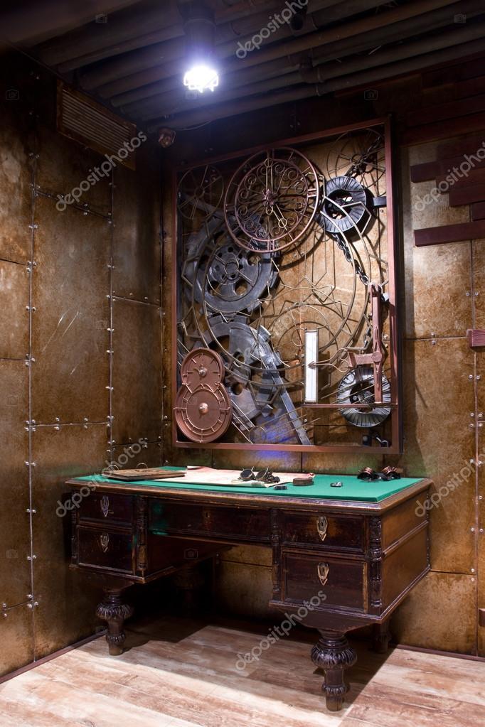 antieke tafel in het interieur stijl van steampunk foto van pashtett