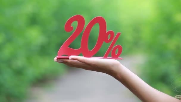 Červená 20 % slevu na ženské ruce