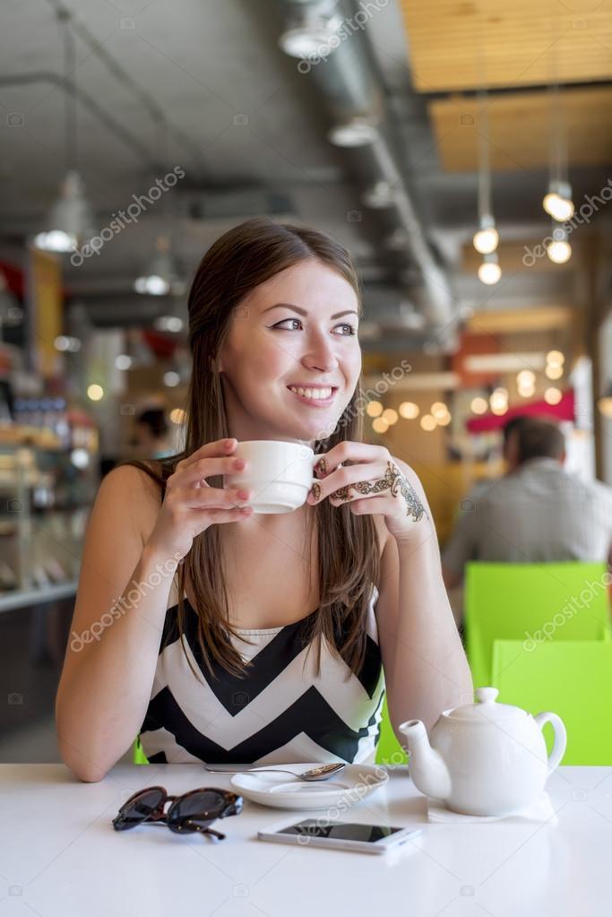 Breakfast girl foreign call-girl