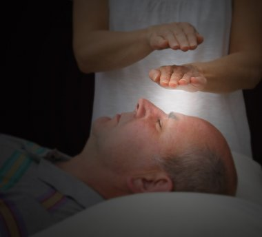 Healer sensing aura levels, soft blur