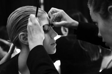 Carolina Herrera - 2015 Fall Fashion Show - Backstage