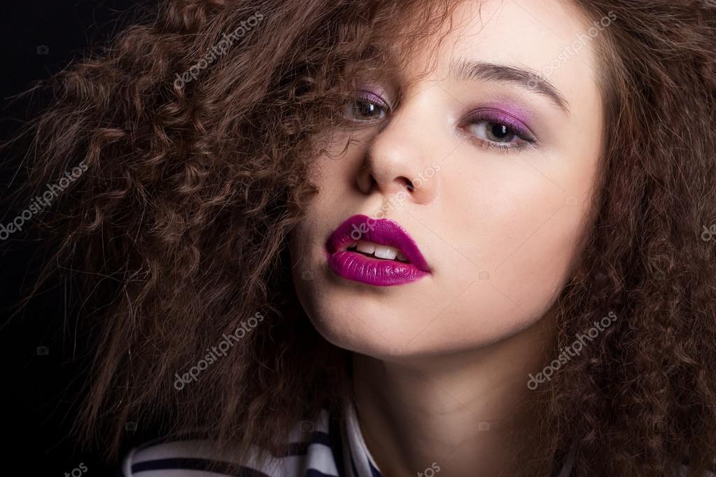 Mode Schönheit Porträt Mit Schwarzen Kurzen Haaren Schöne