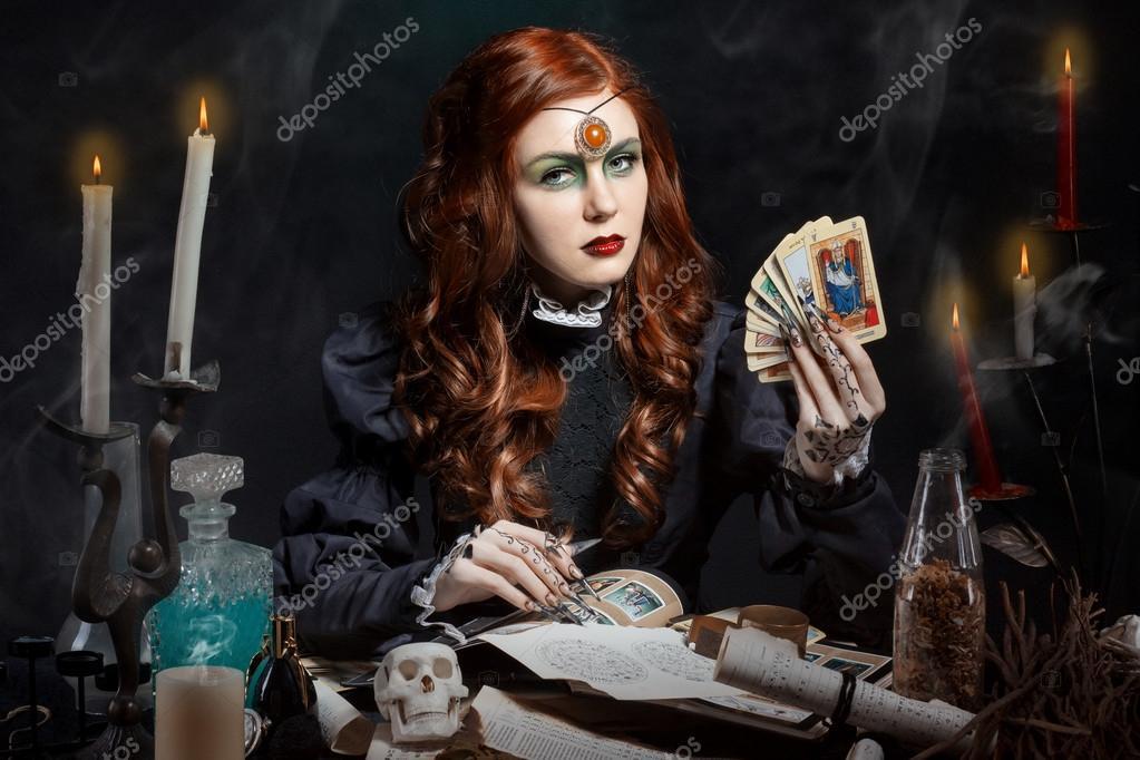 """""""Хочу стать ведьмой"""", некоторые особенности обладания Даром Depositphotos_71730063-stock-photo-beautiful-girl-with-long-hair"""
