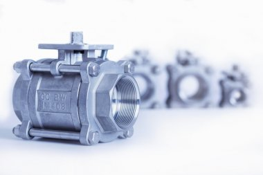 Group 4 valves, different sizes