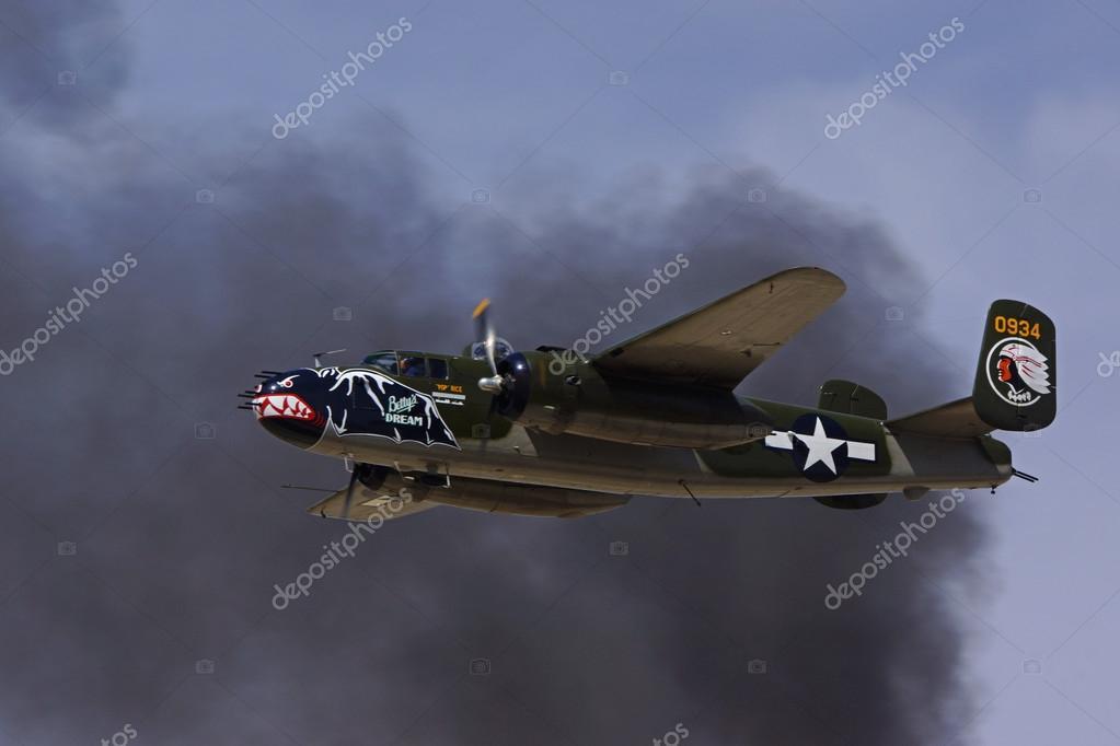 飛行機ヴィンテージ第二次世界大...