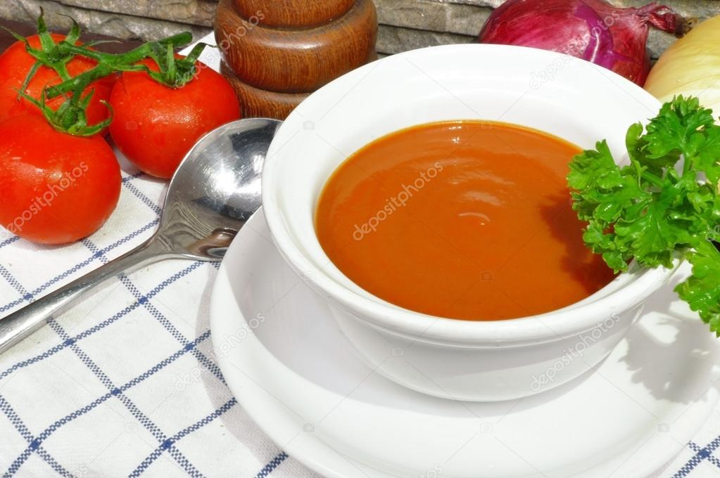 Tomato cream soup with parsley and mix up.