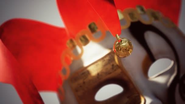 Venezianische Karnevalsmasken mit Gold