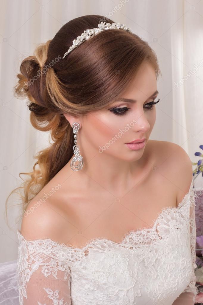 Maquillaje para un vestido blanco