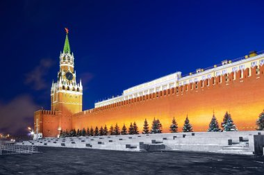 Spasskaya tower of Kremlin in red square
