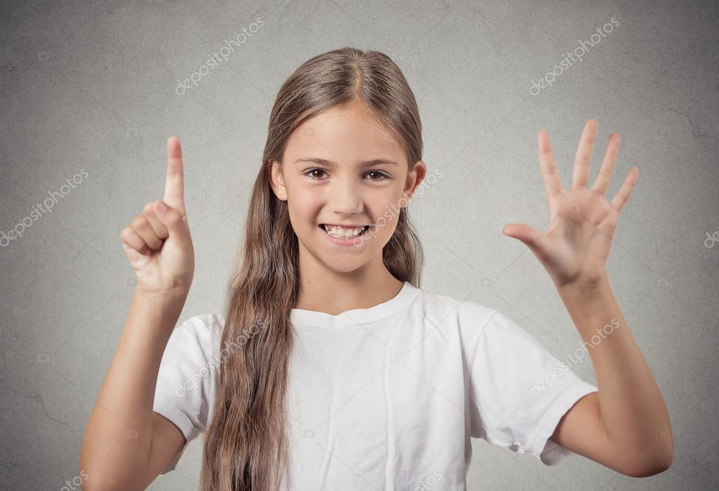 Teenager girl showing 6 fingers