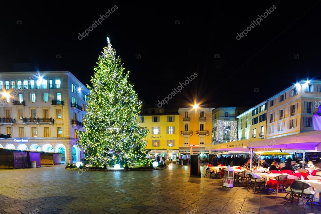 Decorazioni Natalizie Lugano.Natale A Lugano Foto Editoriale Stock C Rndms 98372280