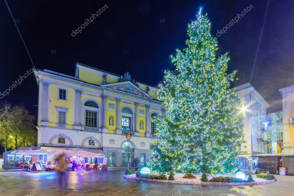 Decorazioni Natalizie Lugano.Natale A Lugano Foto Editoriale Stock C Rndms 98372514