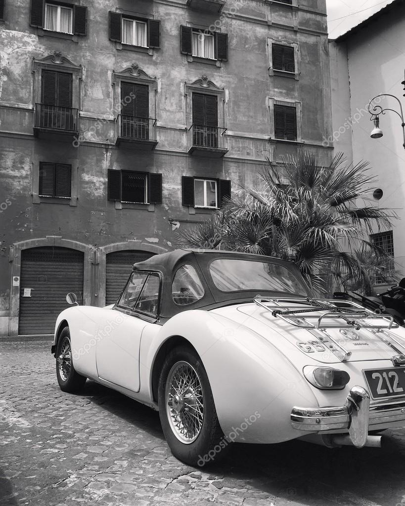 Old retro cars – Stock Editorial Photo © 3290162_clashot #96274472