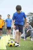 Kültéri futball edzés vezető edző