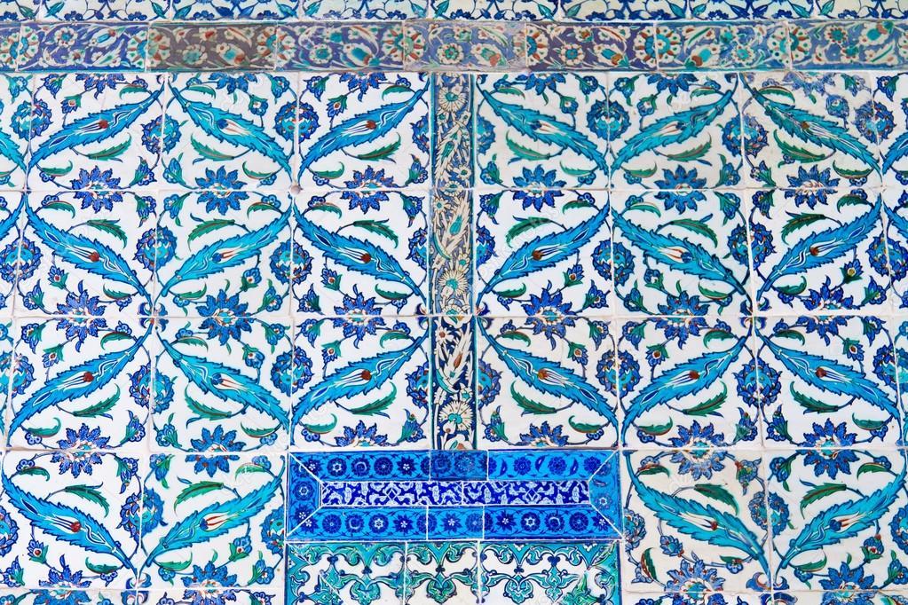 A mano piastrelle blu dal palazzo topkapi foto stock - Stock piastrelle 2 euro ...