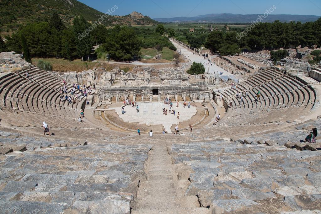 Efes Antik Kenti Büyük Tiyatro Stok Foto Evrenkalinbacak 90769004