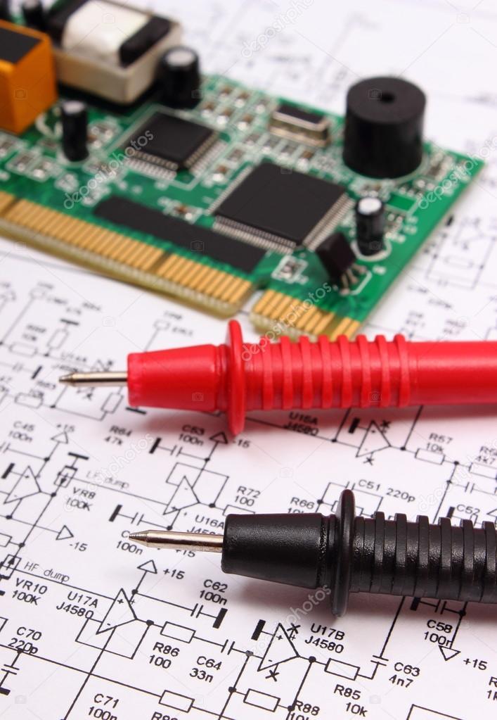 Leiterplatte und Kabel des Multimeter Diagramm der Elektronik ...