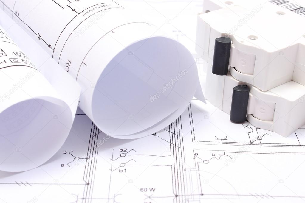 Schaltpläne und elektrische Sicherung auf Anlagenzeichnung Haus ...
